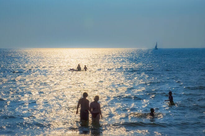 Road trip loop: Escape to beautiful beach towns in the Midwest