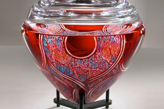 You'll find magnificient works of art from the Studio Glass Movement in the renovated Ken Saunders Gallery in Chicago.