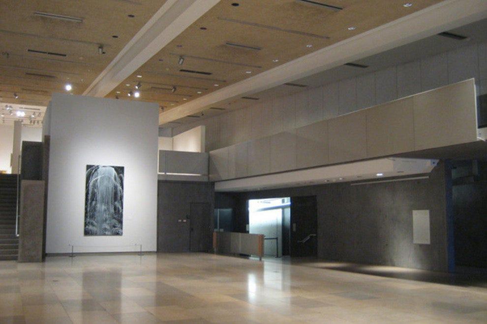 Foyer Museum Reviews : Phoenix art museum attractions review best