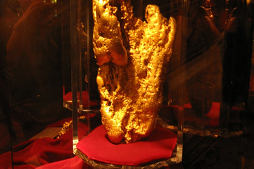 World's Largest Private Gold Nugget Display