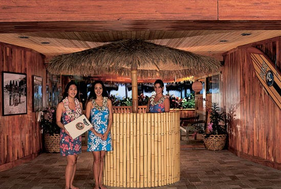 Duke's Canoe Club: Honolulu Restaurants Review - 10Best