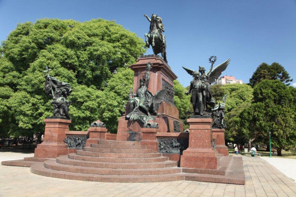 p-plaza-san-martin-monument-to-josa-de-san-marta-n_54_990x660_201404182050.jpg