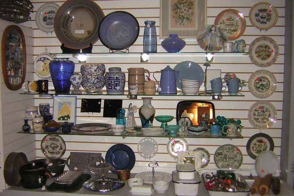Off The Wall - Austin Antique Stores: 10Best Antiques Shops Reviews
