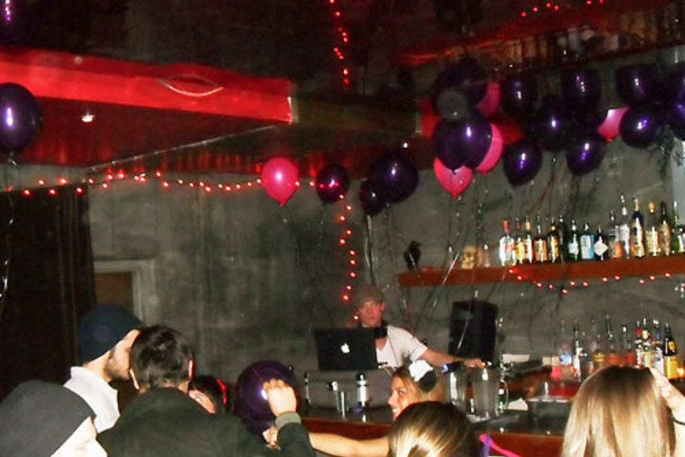 Alibi Room: Seattle Nightlife Review - 10Best Experts and Tourist ...