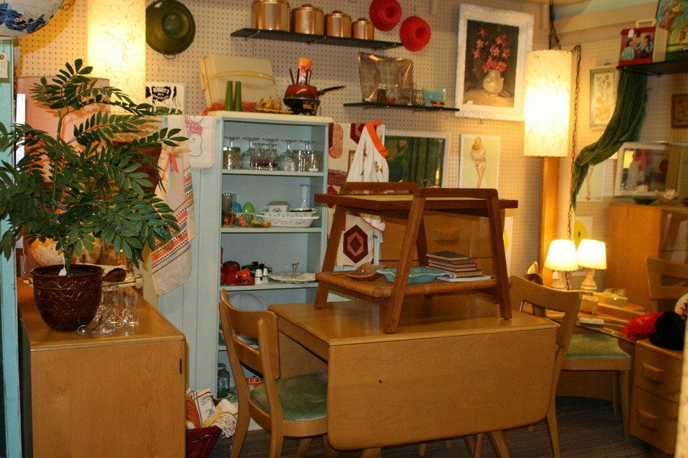 Lula B's Antique Mall