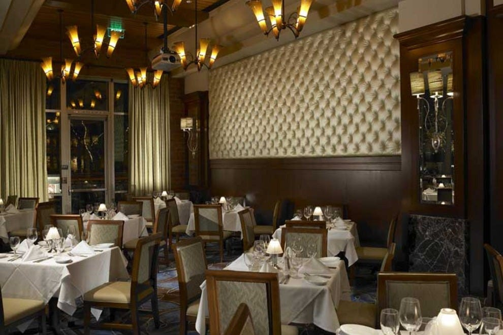Ruth 39 s chris steak house palm springs restaurants review for Best private dining rooms in chicago 2016