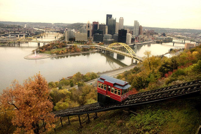 Mount Washington – Pittsburgh, PA. Courtesy of Mount Washington Community Development Corporation.