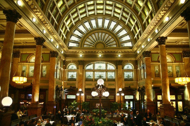Grand Concourse is a 600-seat restaurant legend set in the 108-year-old Pittsburgh & Lake Erie railroad station. Photograph courtesy of Grand Concourse, www.muer.com.