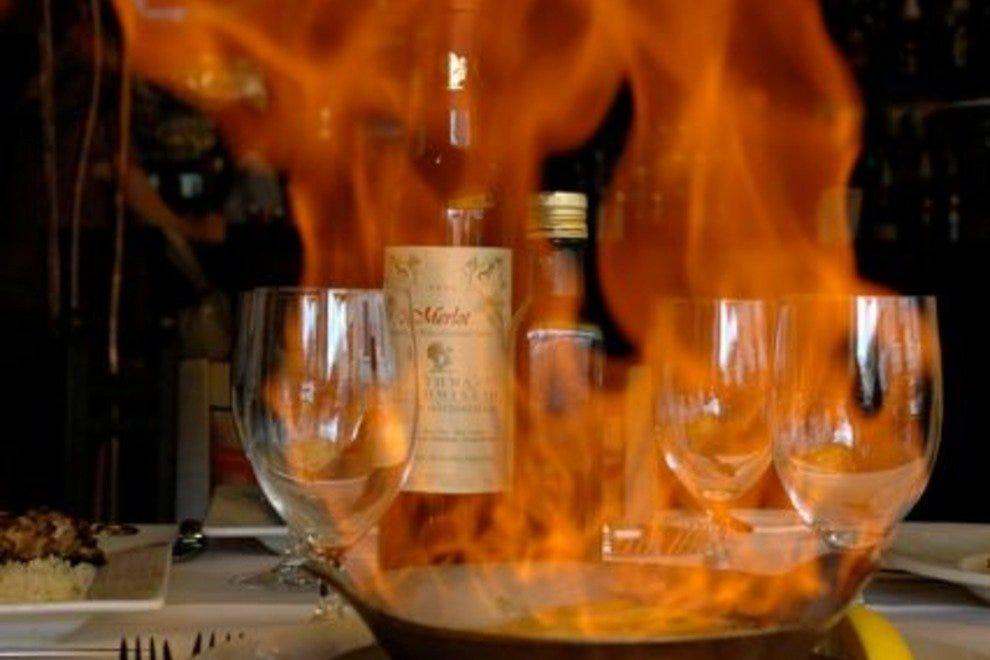 trata greek taverna