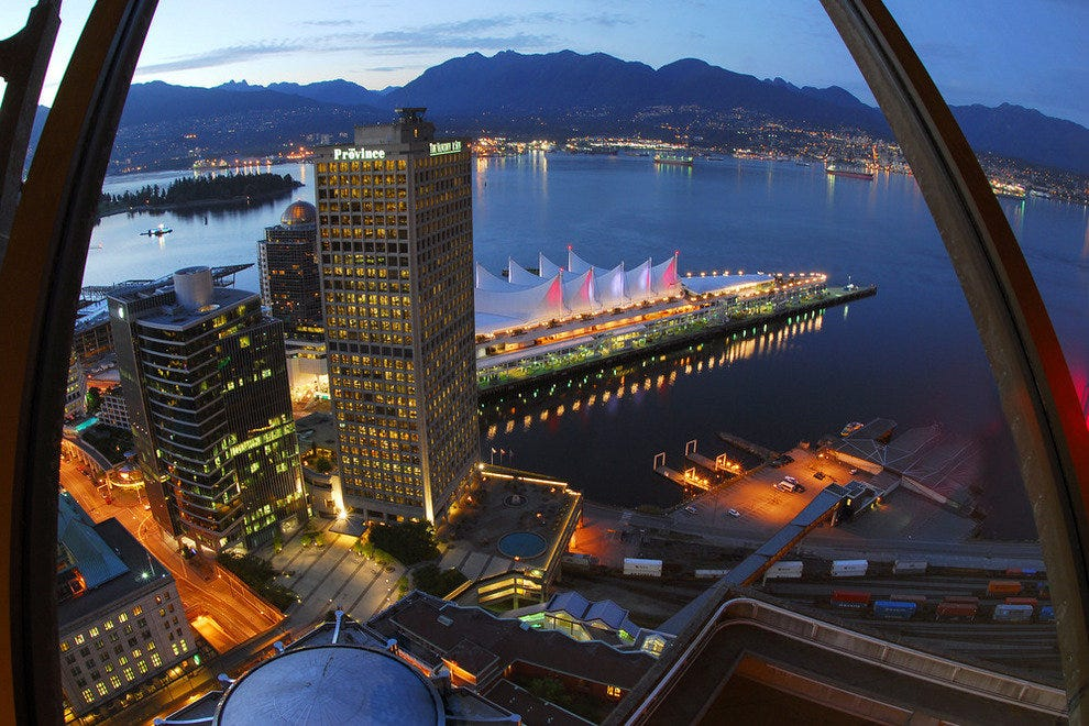 Vancouver Lookout Harbour Centre Tower