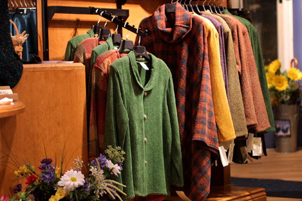 Family clothing stores canada