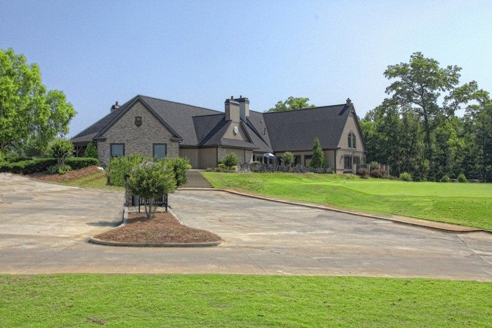 Royal Lakes Golf and Country Club