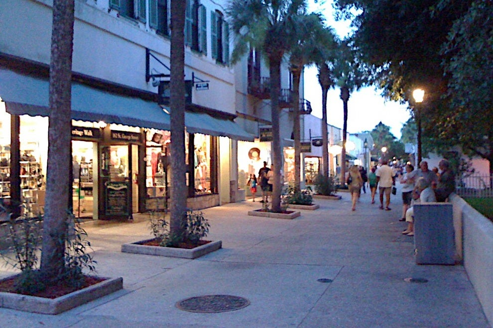 Based in St. Augustine, Fla., Ross Dress for Less is a retail apparel and home accessories store operated by Ross Stores Inc. and its subsidiaries.