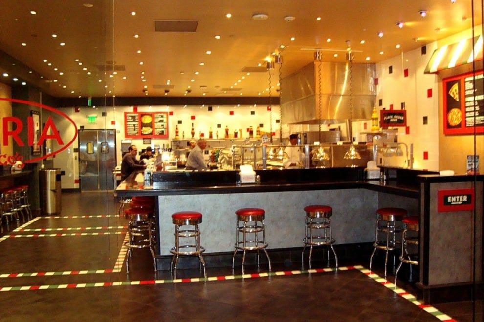 Pizzeria Francesco 39 S Las Vegas Restaurants Review 10Best Experts And T