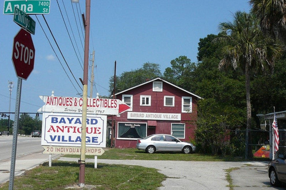 Bayard Antique Village