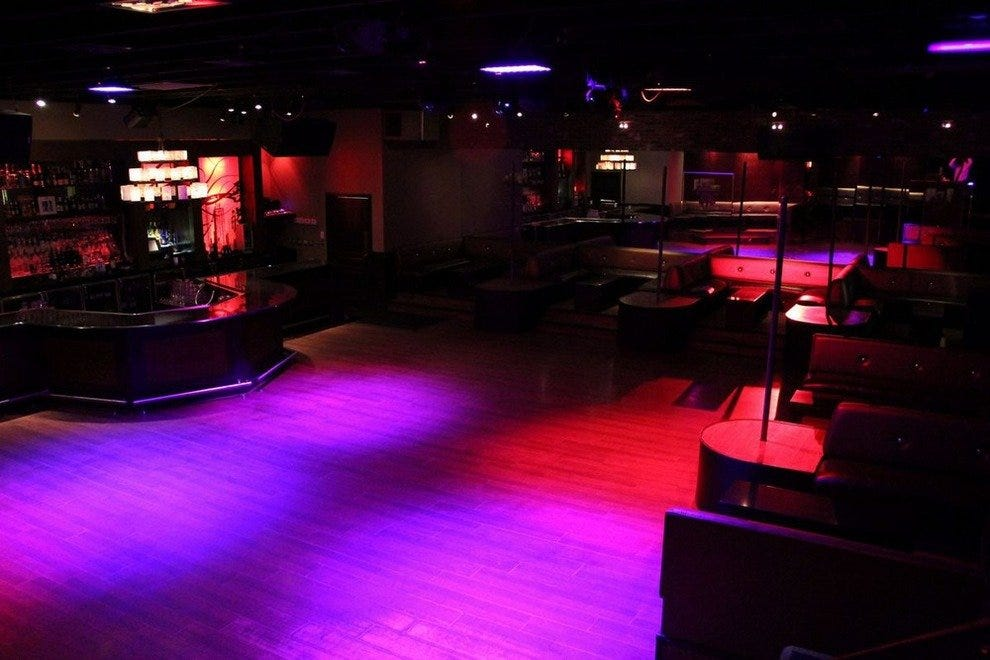 Martini Ranch & Shaker Room