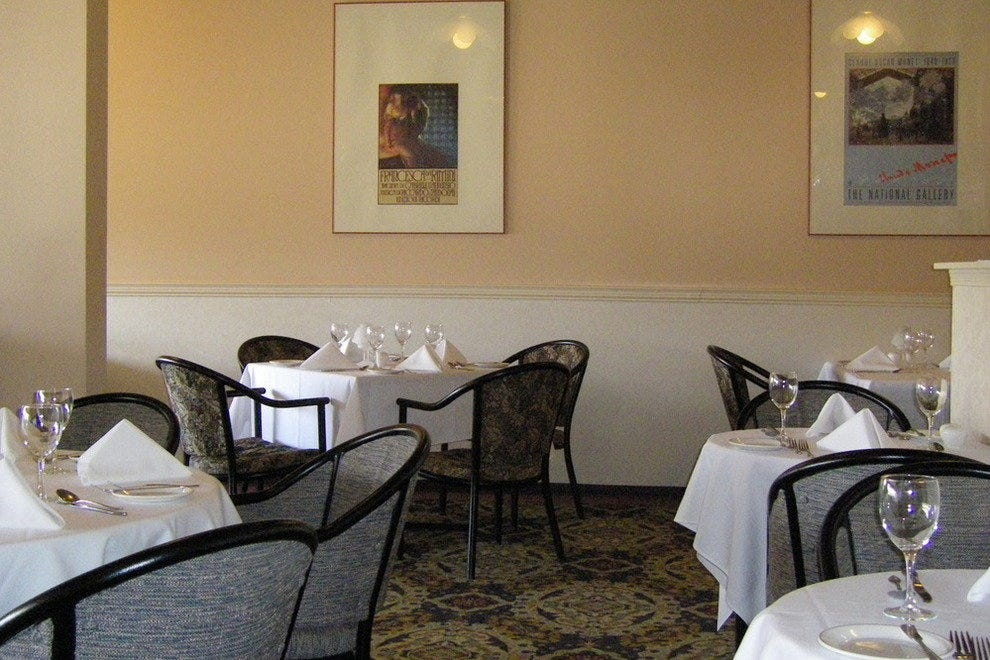 gini 39 s restaurant edmonton restaurants review 10best. Black Bedroom Furniture Sets. Home Design Ideas