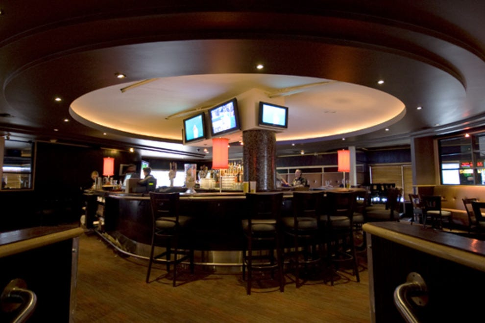 Jox Sports Bar and Grill