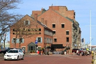 Chart House Restaurant - Boston
