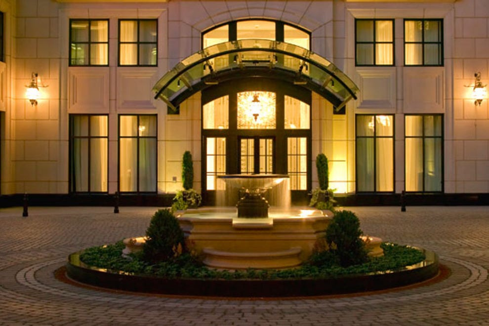 Waldorf astoria chicago chicago hotels review 10best for Best boutique hotels chicago