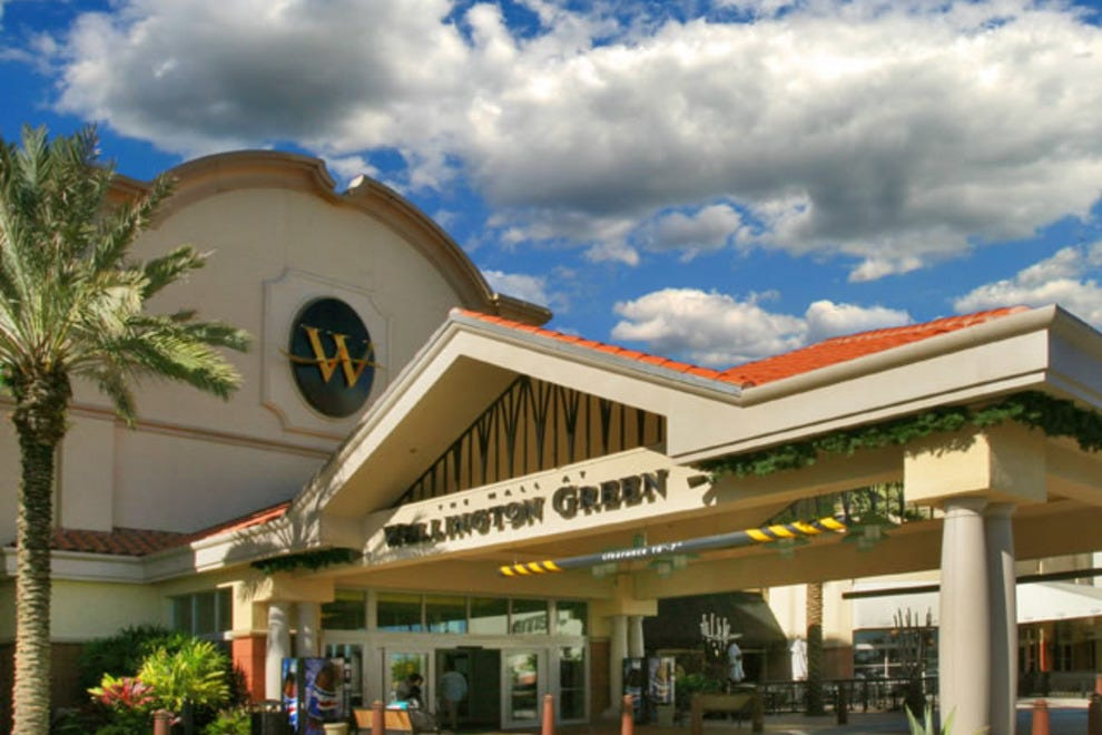 The Mall at Wellington Green Wellington, FL Stunning architecture houses a unique collection of retailers that serve a diverse market of affluent seasonal residents, multigenerational & multicultural professionals, and visitors who want the best South Florida can offer.
