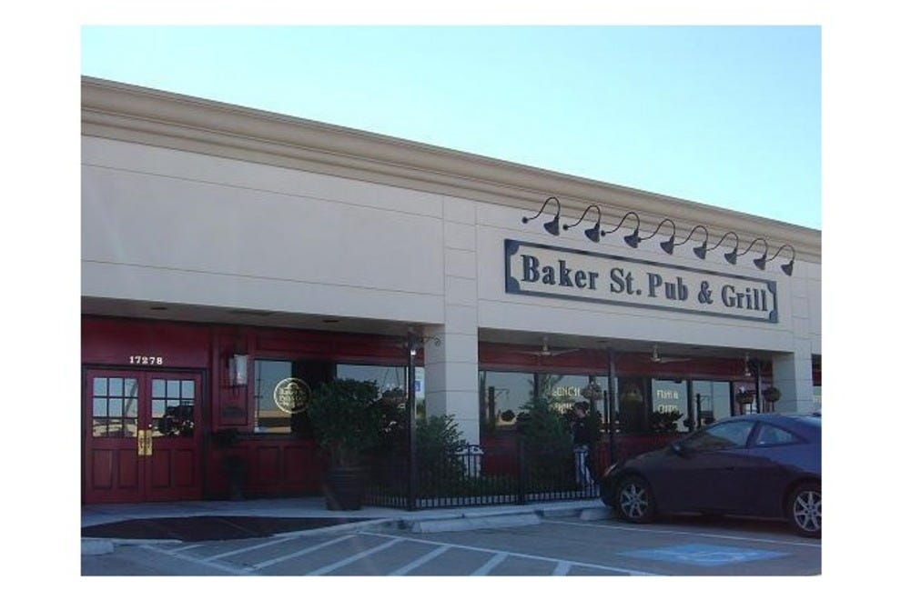 baker st pub grill 2650382 baker st willowbrook houston 54 990x660 201405311850