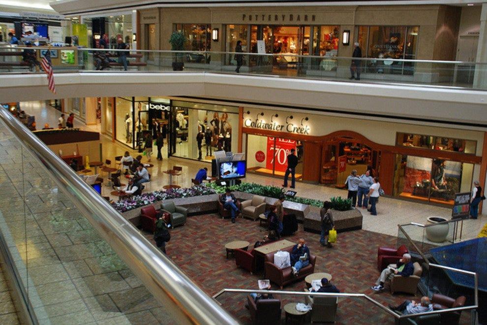 Fair Oaks Mall