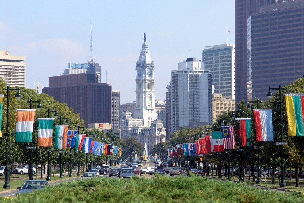 Benjamin Franklin Parkway Philadelphia Attractions Review