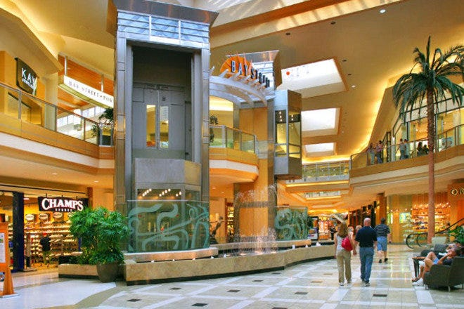 Shopping Malls and Centers in Tampa